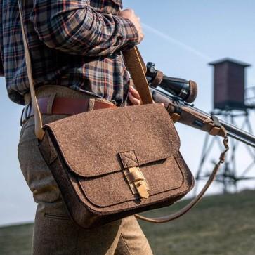 Jagdtasche aus Wollfilz und Leder